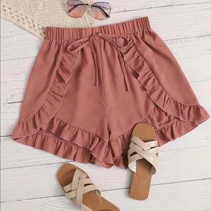 Ruffled shorts pink